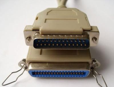 Кабел . компютърен принтер 25 pins мъжко - 36 pins женско
