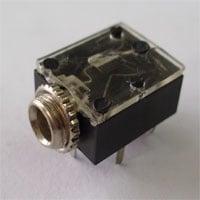 Букса . Жак - женски стерео 3.5 мм. F101