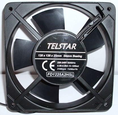 Вентилатор . 220V 120X120X25мм.