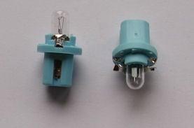 Автомобилна лампа . 12V с фасунка за автотабло