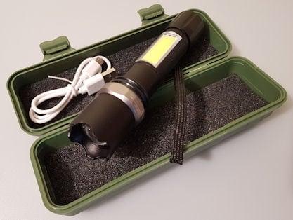 Прожектор  . LED фенер голям с 3 режима, презареждаем, с USB кабел